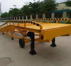 濟南市北海移動式液壓登車橋厂家