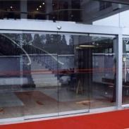 安装柜台玻璃不规则玻璃定做图片