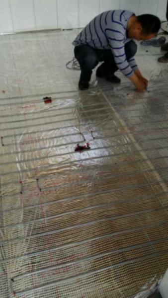 顺平县碳纤维发热电缆电地暖安装价图片/顺平县碳纤维发热电缆电地暖安装价样板图 (1)